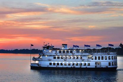 Picture of Savannah Riverboat Cruises-Saturday Night Dinner Cruise