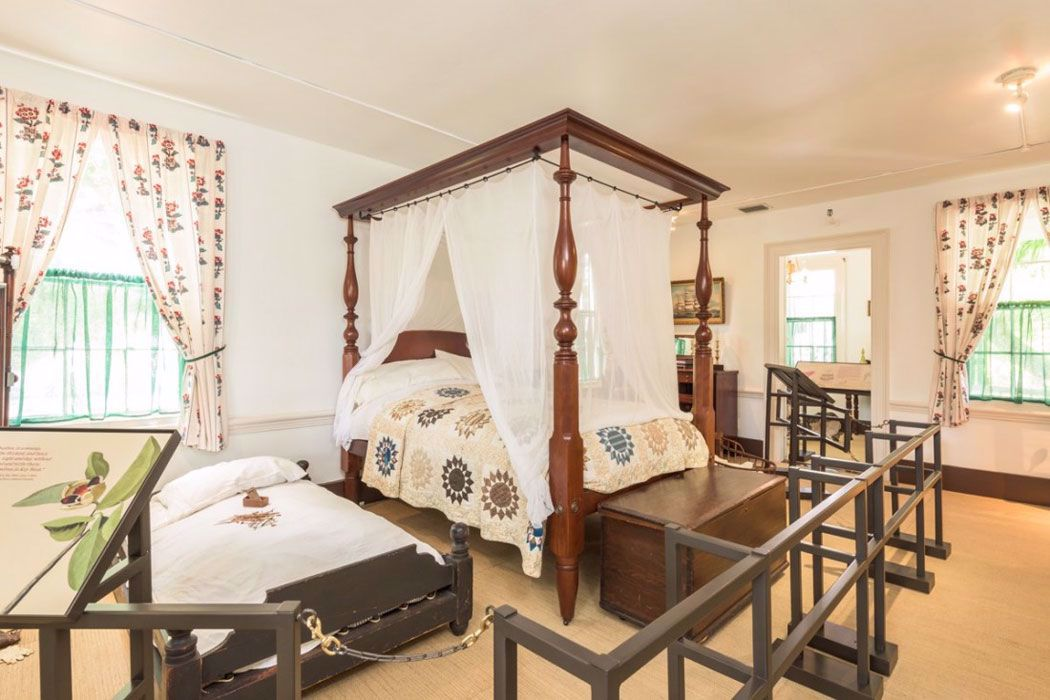 View an exquisitely furnished mansion