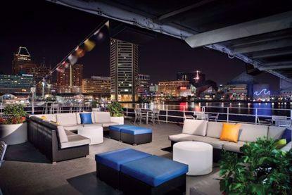 Open air top deck