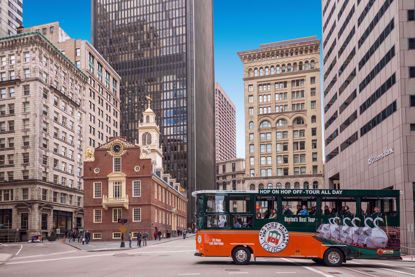 Old Town Trolley - See The Best of Boston