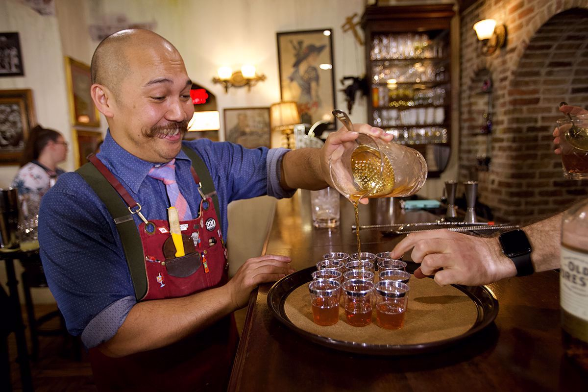 Participate in exciting whiskey tasting class